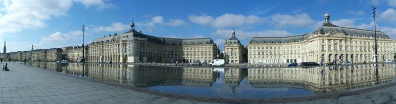 Place de bordeaux avec peu de trafic Bordeaux