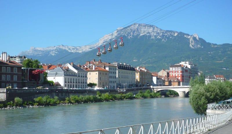 Trafic au téléphérique de Grenoble