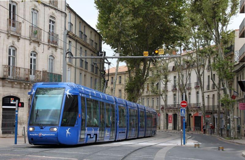 Tram Citadis pour éviter le trafic à Montpellier