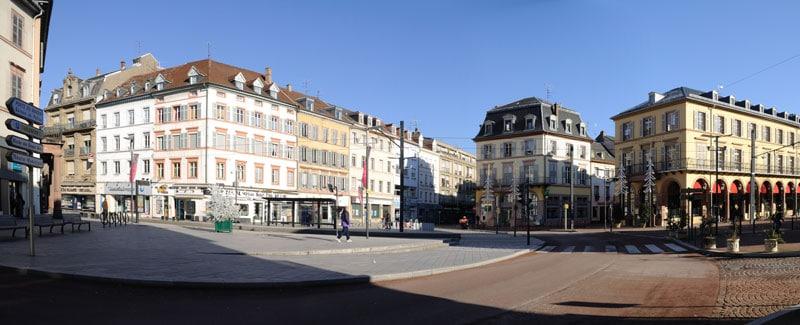 Place de la république sans trafic à Mulhouse