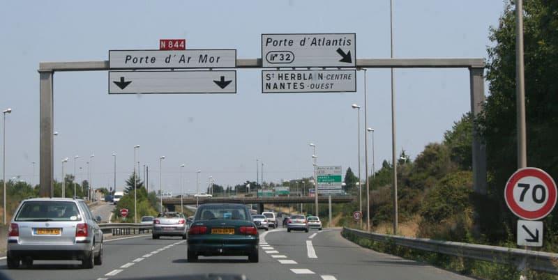 Autoroute avec du trafic à Nantes